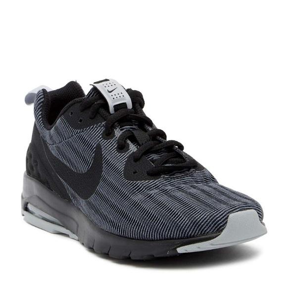 Nike Air Max Motion 9.5